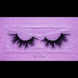 """""""FOXY"""" 2020 Doll Collection Genuine Mink Lashes"""